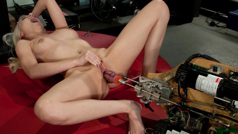Порно Девственницы Секс Машина