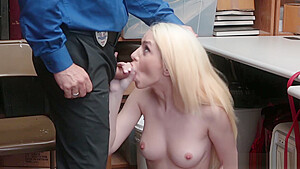 LP Officer hard fucking Joseline Kelly stretched pussy