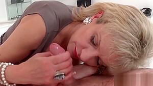Unfaithful uk milf lady sonia flashes her huge titties
