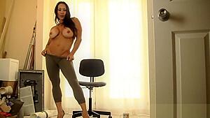 Denise Masino Bossy Pants Puts You To Work