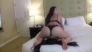 Lesbians Worship Big Ass Latina-