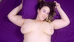 Bbw With Huge Melons Masturbate In The Outdoors-