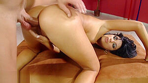 Anal fuck for a horny brunette who likes to be on top.-