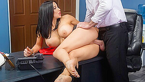 Office Secretary with big milkings has sex with boss...
