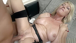 Milf Amy Gets Her Wet Cunt Ploughed Hard