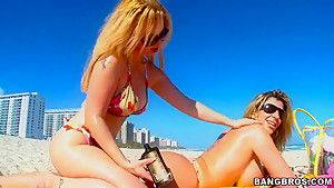 Day at the beach turns wild for young and horny Sara Jay