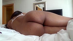 Hot bhabi riding cock