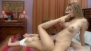 Vanessa Veracruz And Ryan Ryans Make Out In The Bedroom