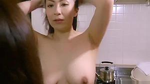 Japanese MILF lesbians11
