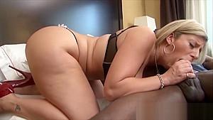Sara Jay pussy gets opened by the Big Black Anaconda
