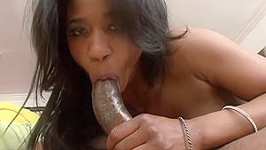 Ebony hottie gets a face full of warm cumload