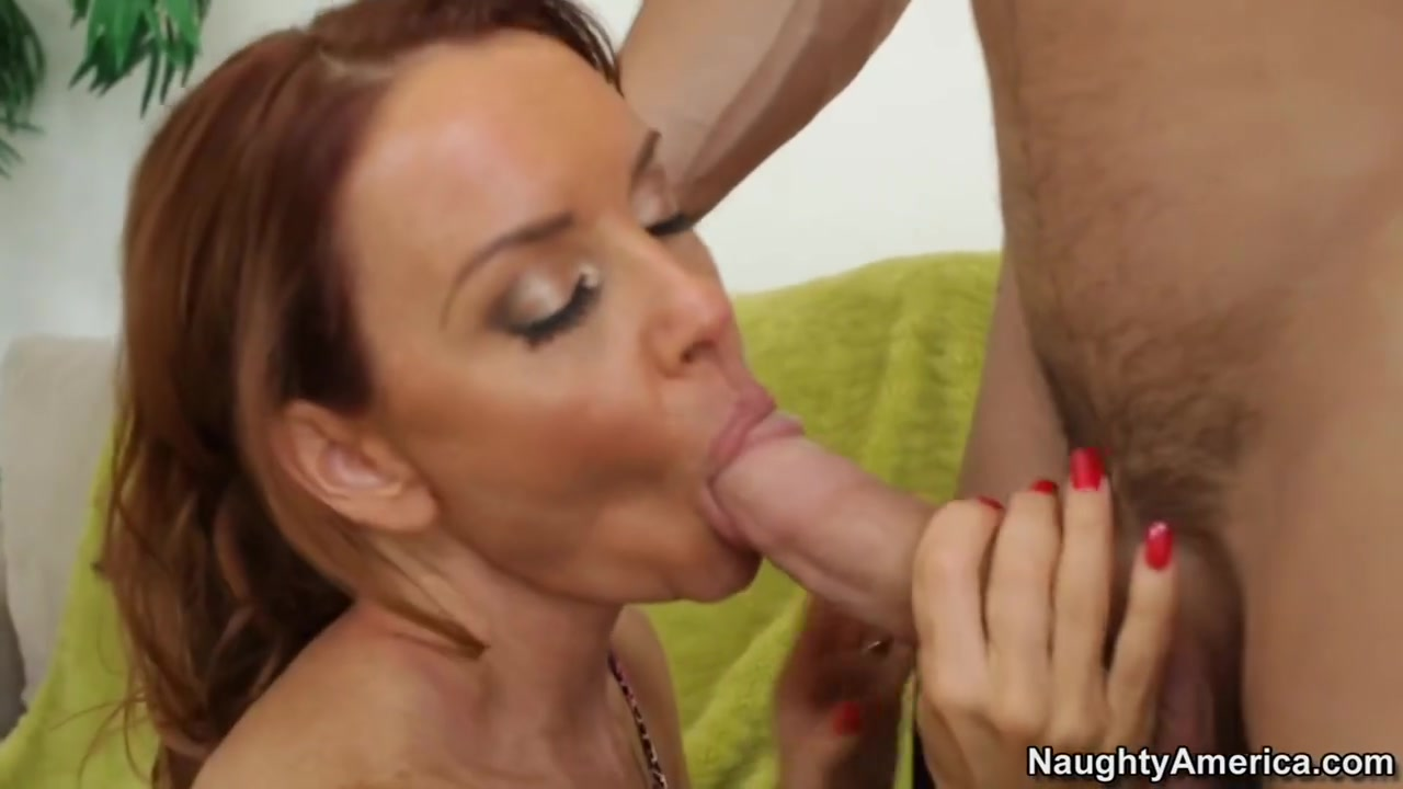 Mature blond skank Naked Porn tube