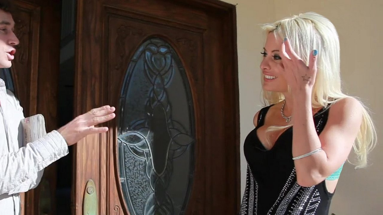Hot porno Sexy Arse Women In Sensational Lesbian Show