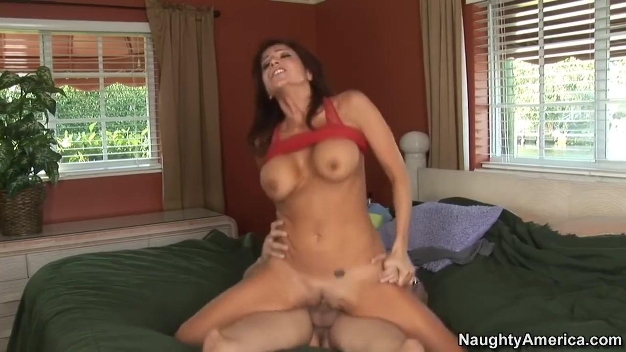 All porn pics Busty tank top no bra
