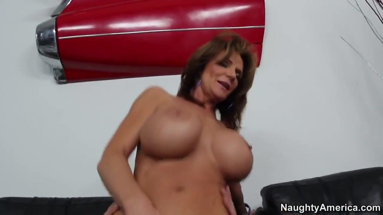 Quality porn Hot hairy sex pics