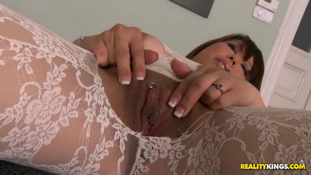 Kinky amateur mature bottles on webcam Quality porn