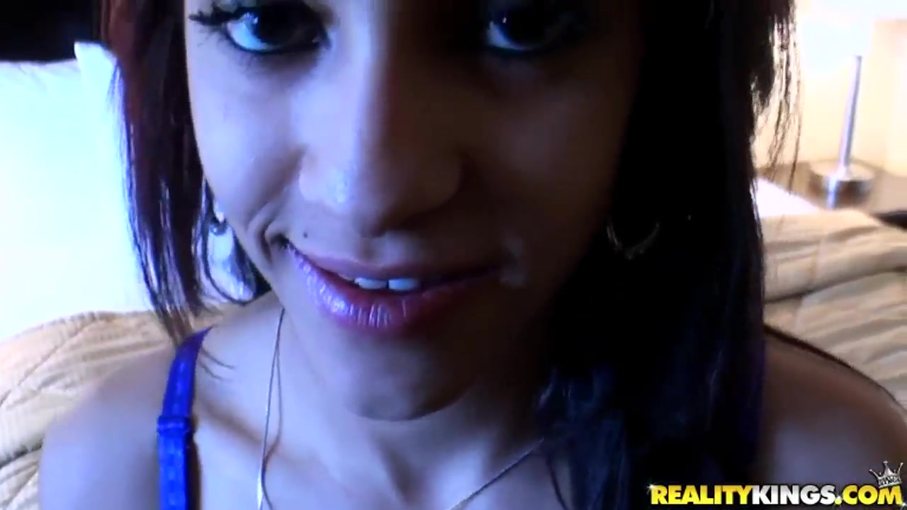 Kerry Louise Gangbang xXx Videos