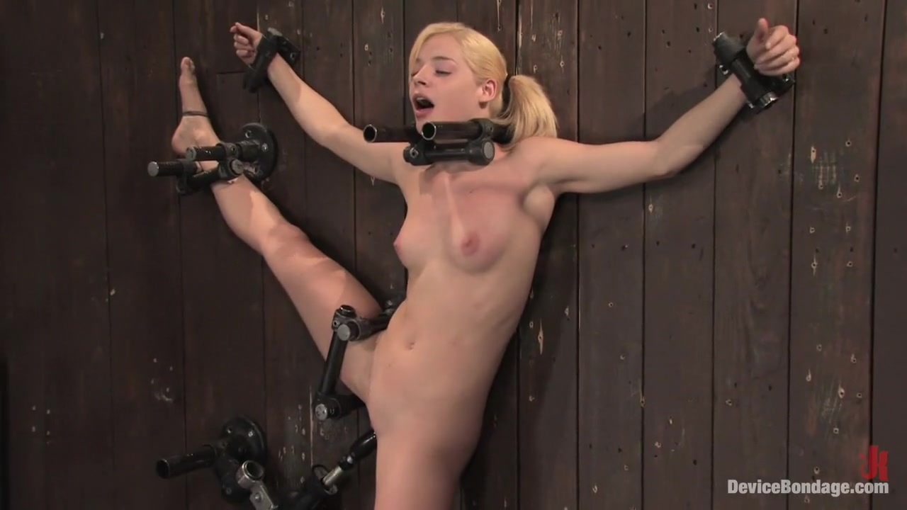 Ally Ann 19yr olds, and getting fucked by a machine. Wet little naked girls