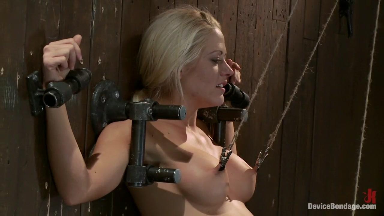 Adult videos Elisha cuthbert sexy naked