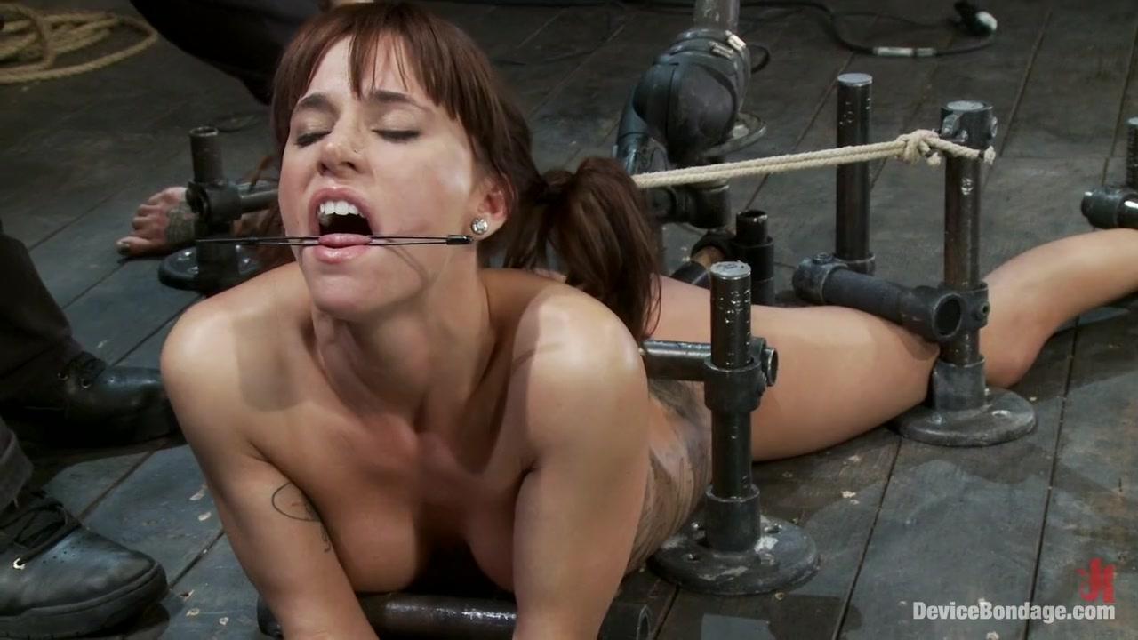 Volantino panorama a latina dating Nude photos