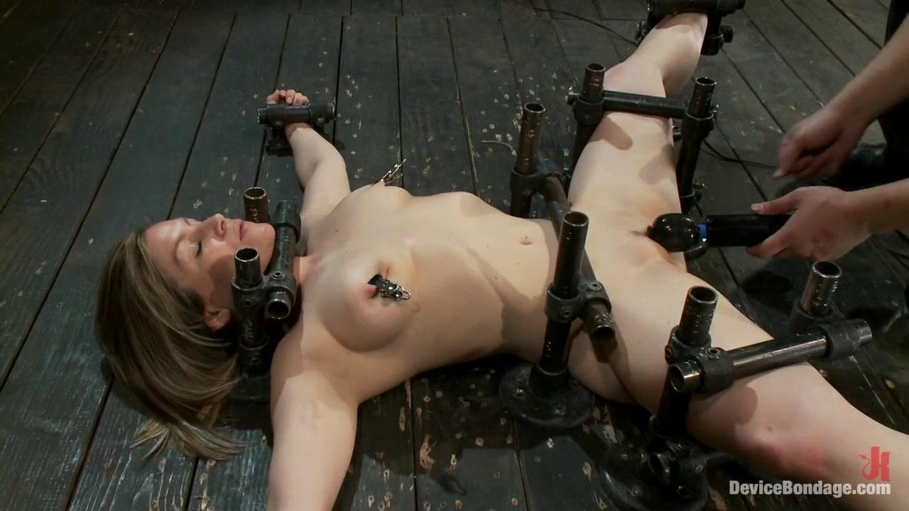 Hot Yogi metal-bound in a split, meditates on pleasure and pain. big butt anal interracial