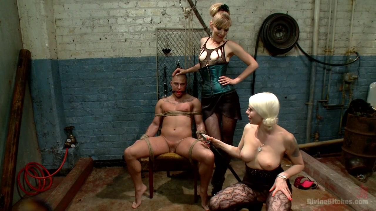 Naked Galleries Mature sex hookup