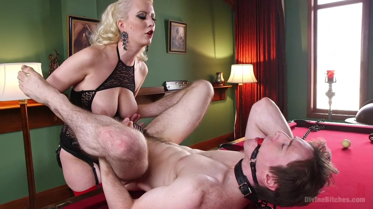 Porn tube Sexy milf boss lisa in stockings sm65