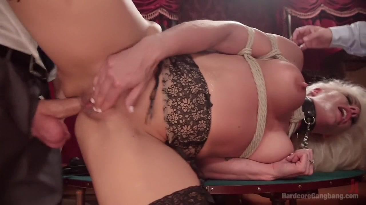 Best porno Milf upskirt anal