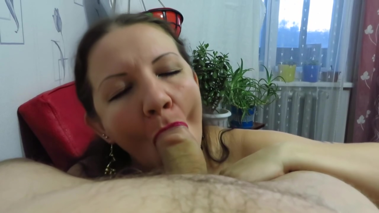 blowjob with the end in the mouth. POV