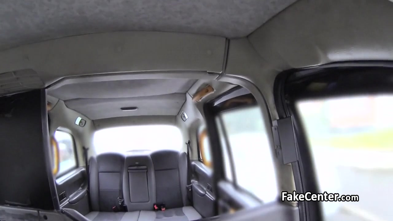 Blonde in fishnets got her ass nailed in taxi