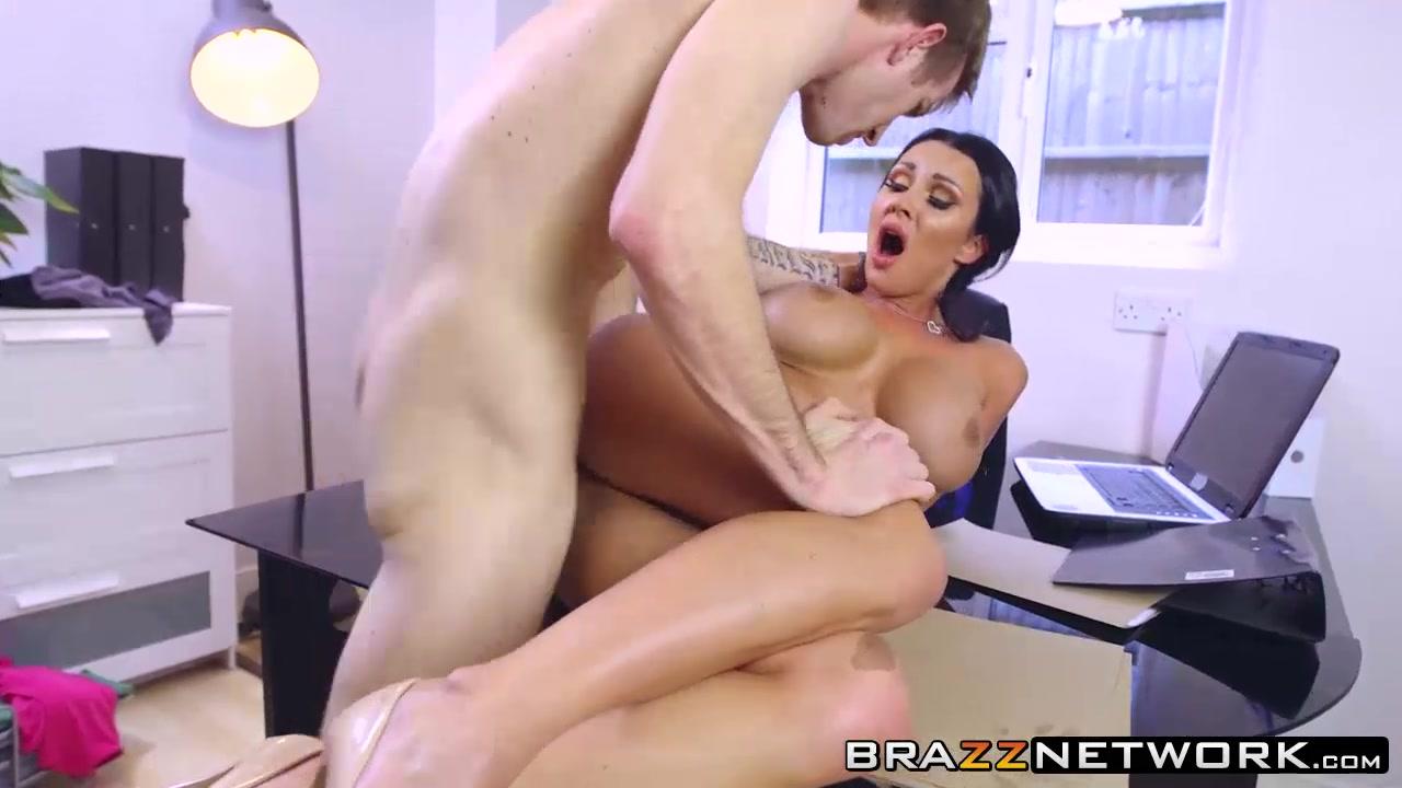 La princesse de montpensier raphael personnaz dating Naked Porn tube