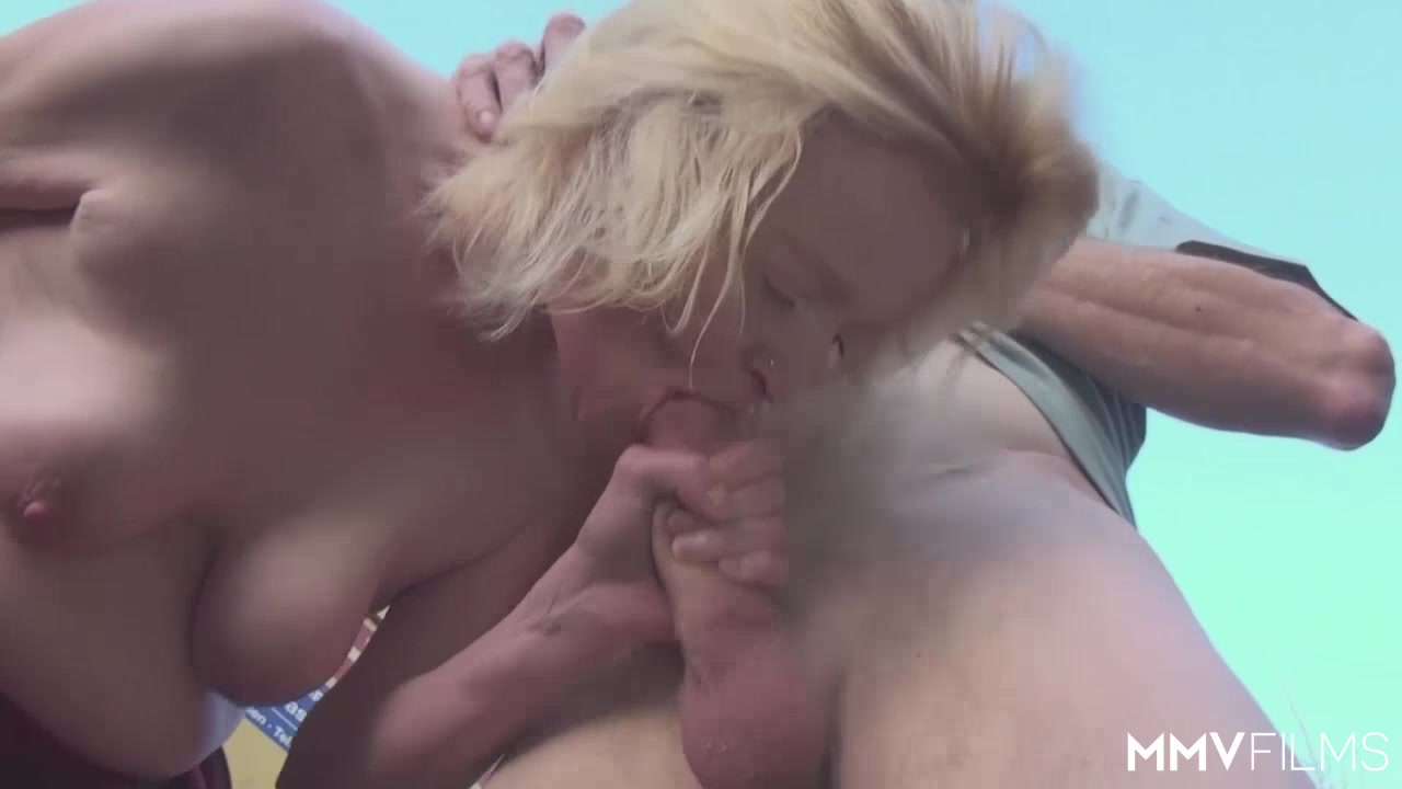 Warwick perth Hot Nude gallery