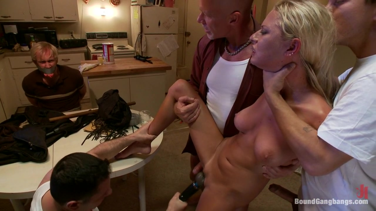 Hot milf rides dick Sex photo