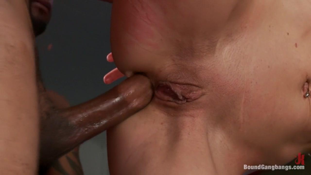 MILF Ariella fingers Kristens wet pussy Porn clips