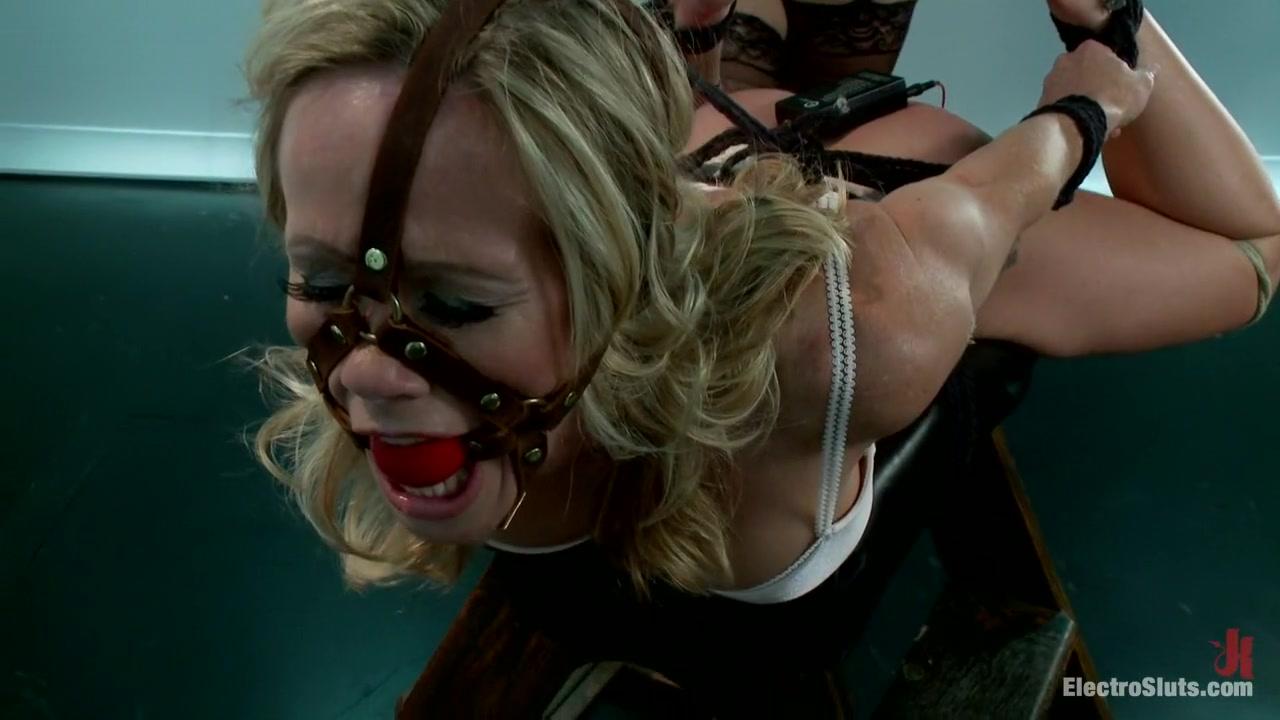 Masturbation horney Secretary lesbia