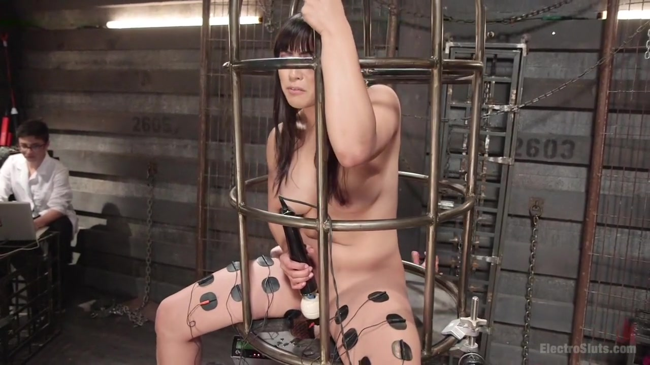 Twisted Science Experiment:LIVE SHOW starring Mia Li and Aiden Starr! I want to close down my facebook account