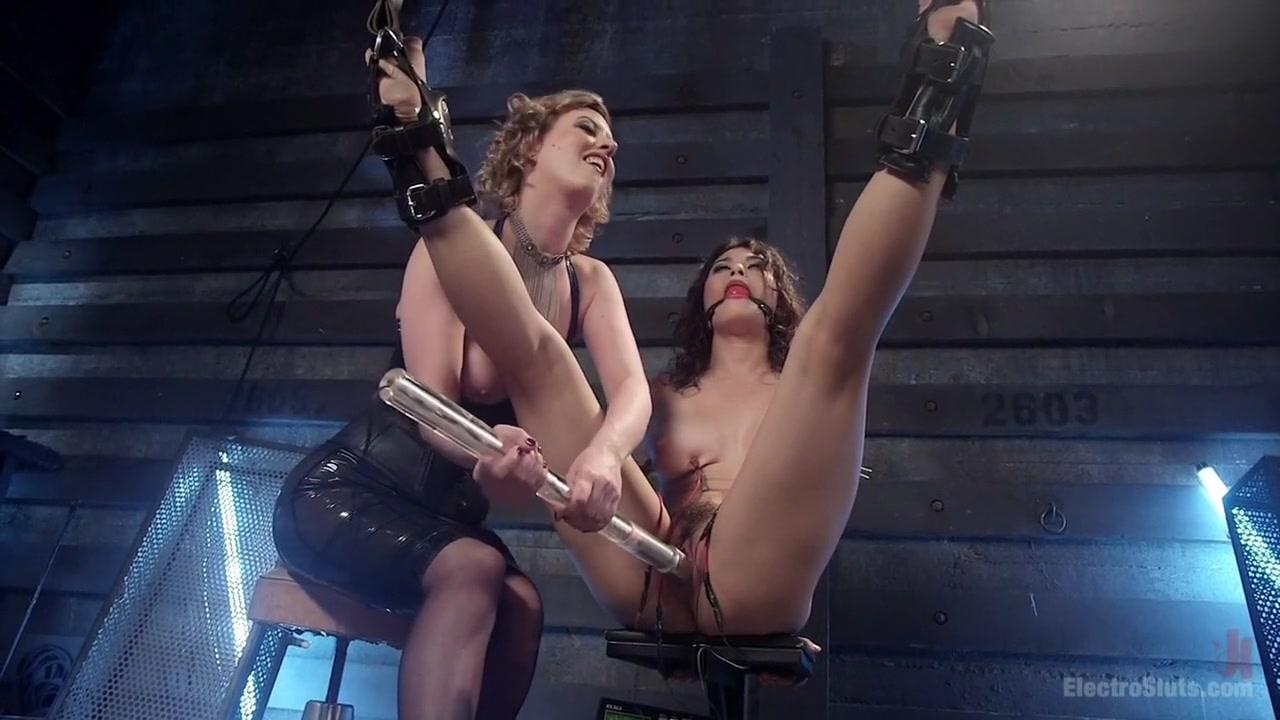 Quality porn English amature bbw stripping
