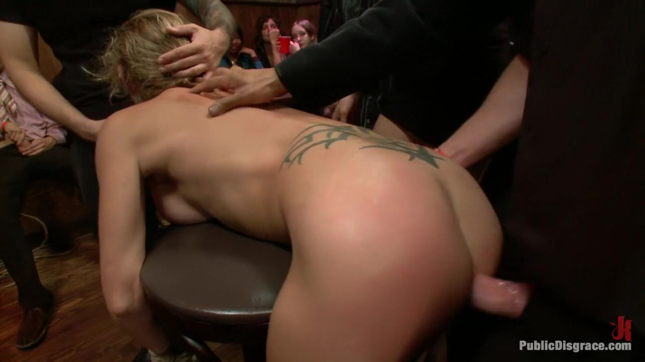 Nude gallery Lesbian eats food out of pussy