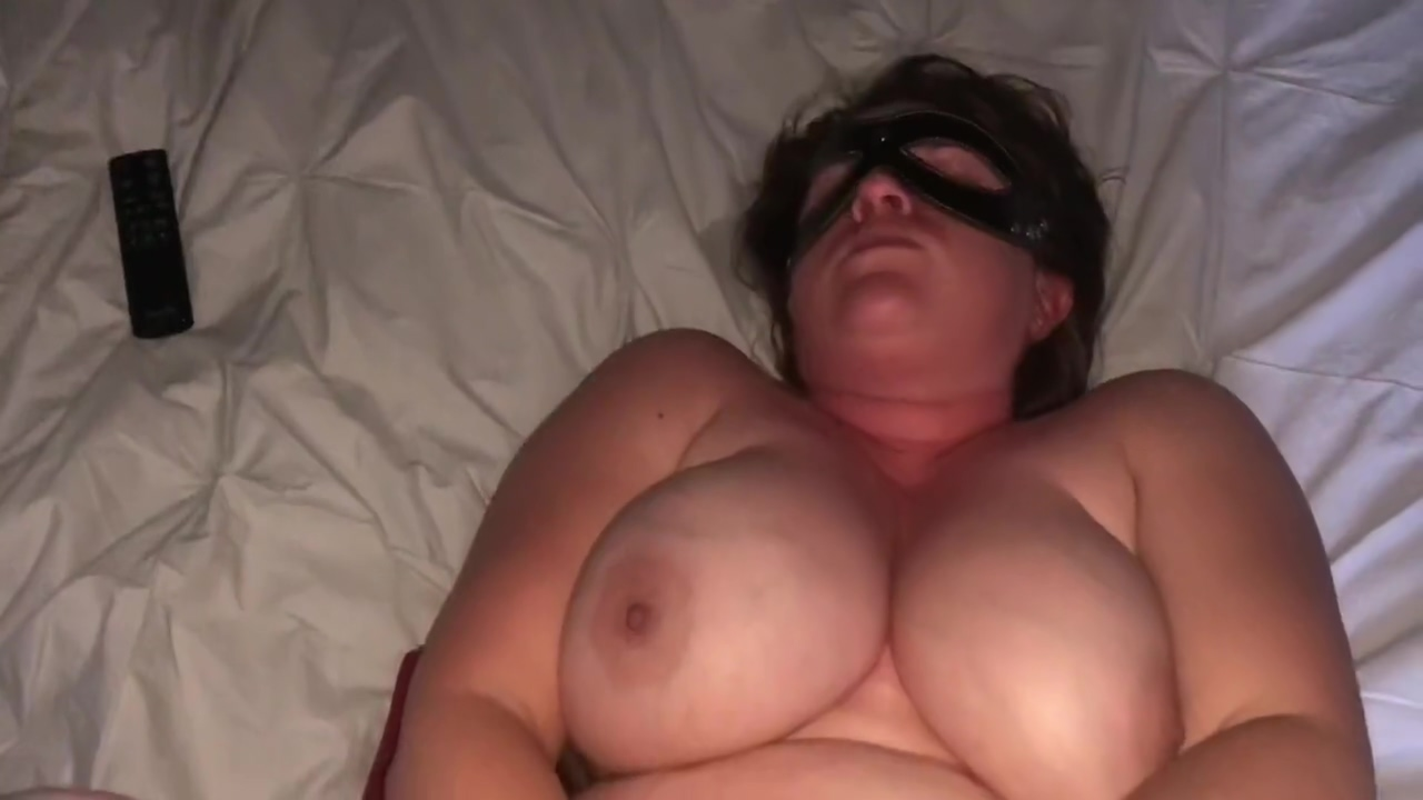 Horny MILF gets messy then gets fucked, takes a facial Sexy singles in Lithuania