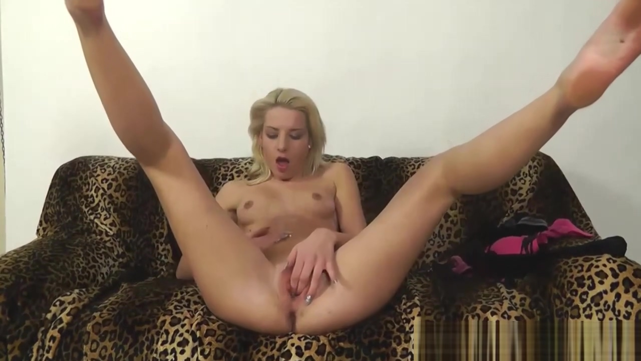European blonde in hot action Pictures of pretty puffy pussies