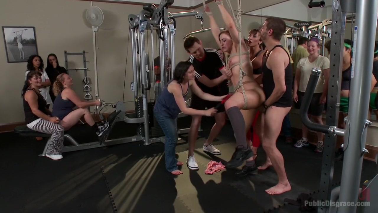 XXX Video Anna sophia robb bikini