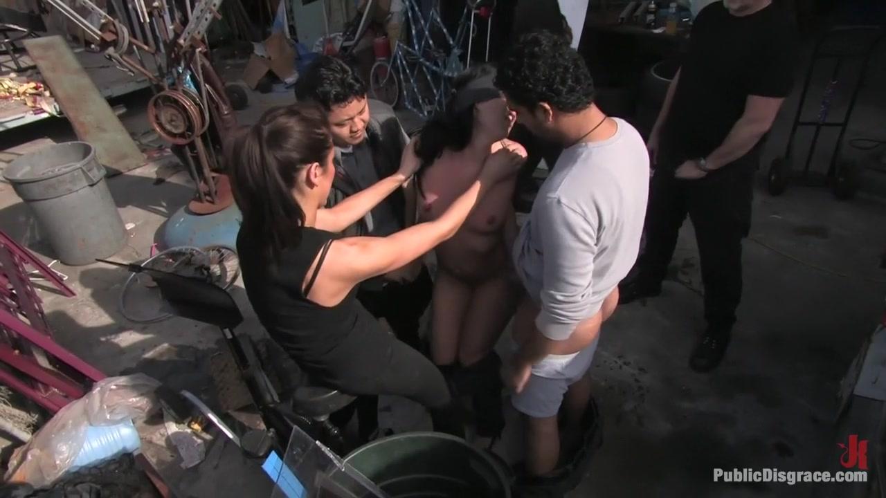 girl masturbating on beach Porn clips