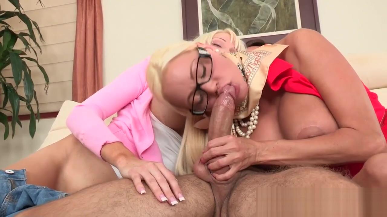 Spex stepmom bounces on hard cock during ffm nasty boys sex video