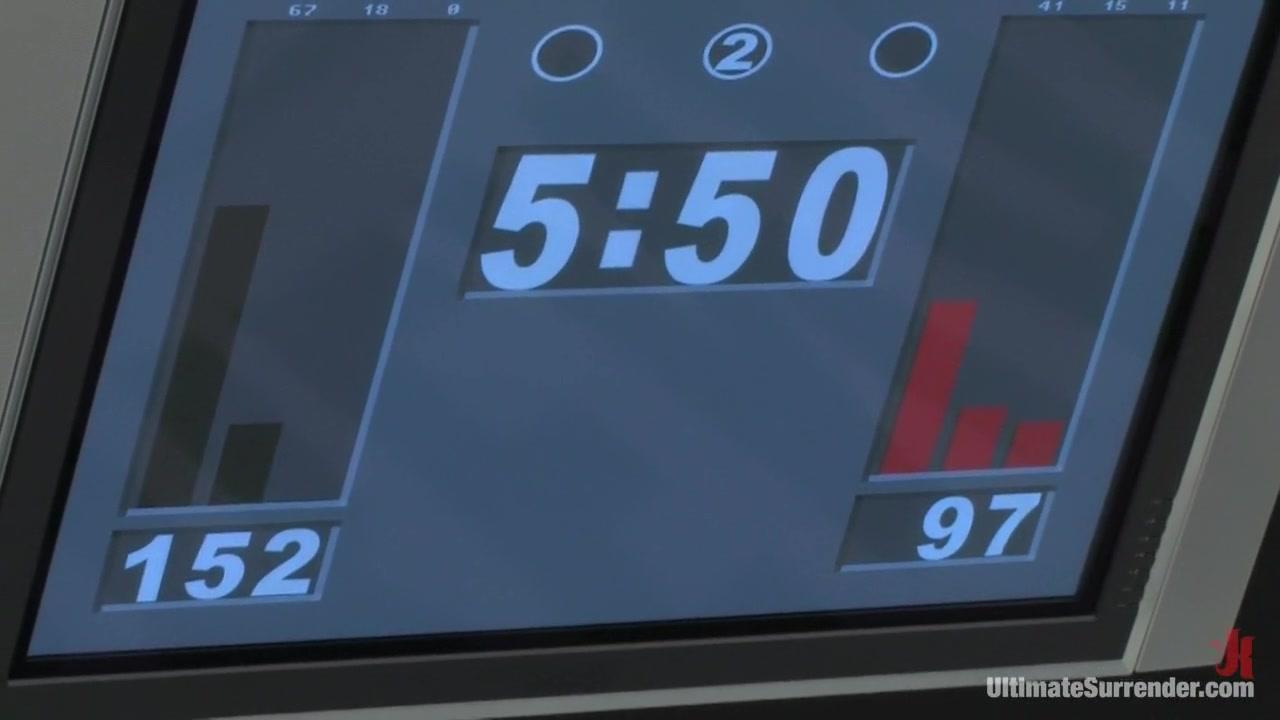 Alexa Von Tess The Badger (3-6) vs Brix Grimlock (1-0) Naked flat boobs