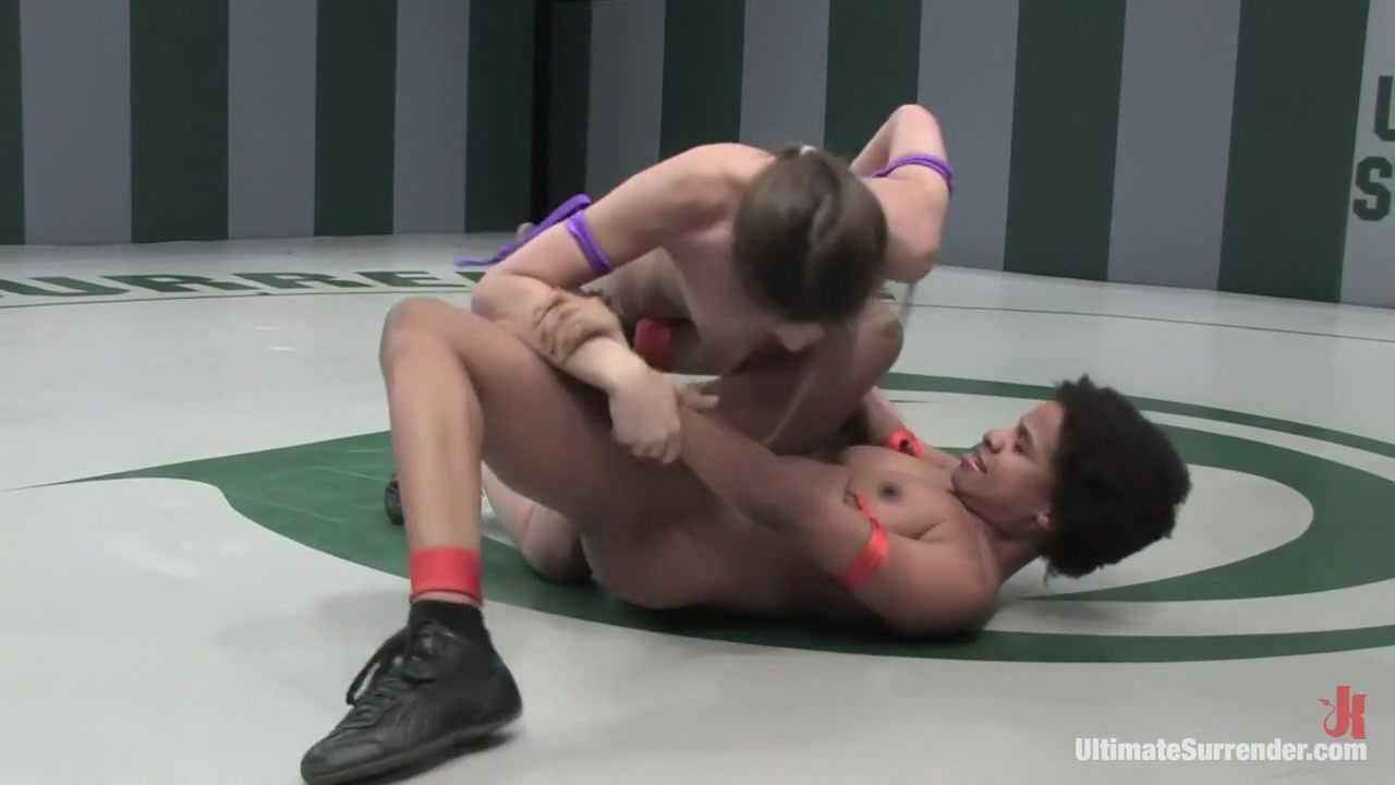 Sexy xxx video Womens fist fighting