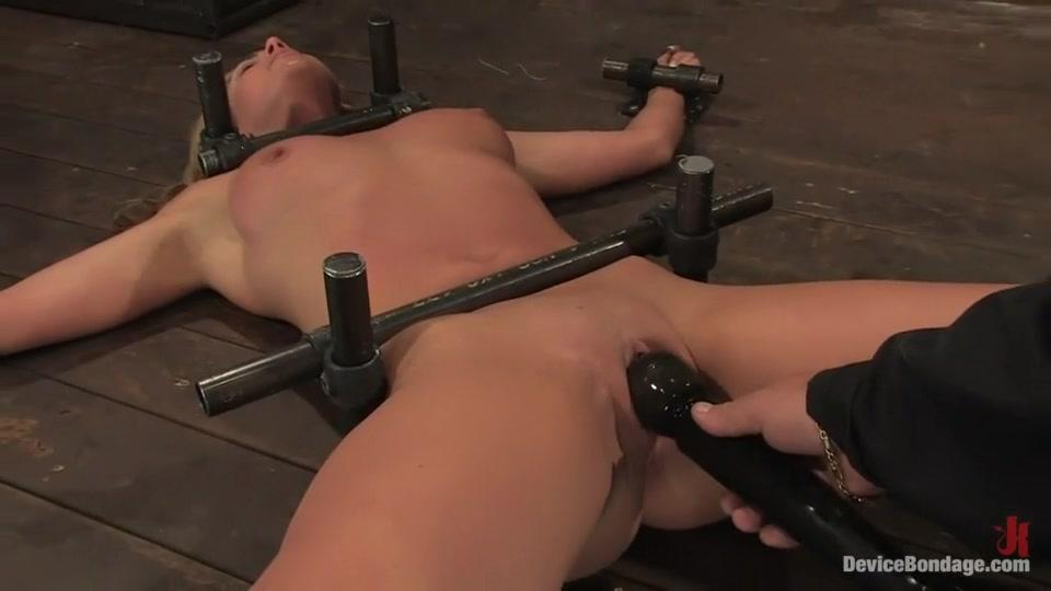 sexy ebony sluts get fucked xXx Photo Galleries