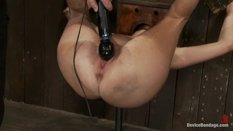 Nude pics Nude amateur redneck girls threesomes