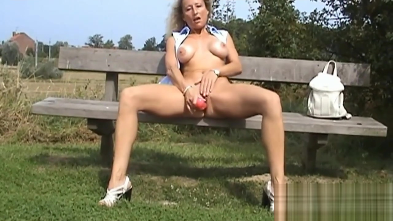Long dildo outdoor before bukkake in cinema free girls gon wiled porn