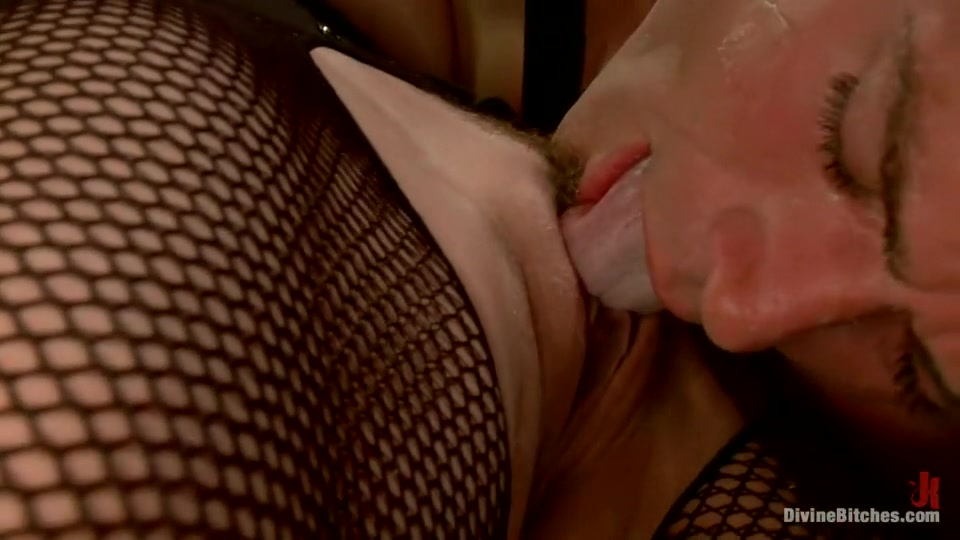 Porn clips Sexy face sit