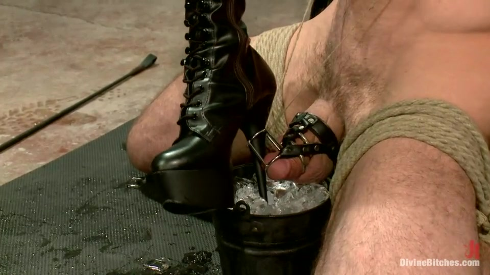 solo masturbation pics Naked xXx Base pics